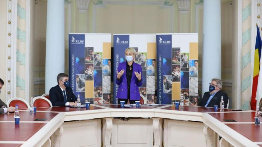 Întâlnire de lucru între d-na Vicepremier Raluca Turcan și conducerea ULBS