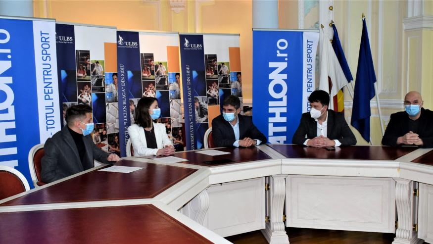 Facultatea de Științe din cadrul ULBS a semnat un parteneriat cu Decathlon Sibiu